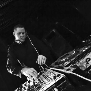 Chukkles aka Kip Kyndicate - Techno Through My Eyes Mix 002
