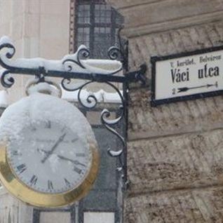 CCO Set Extract 44 Minutes in Váci Utca