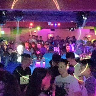 Partydul KissFM ed387 sambata part2 - ON TOUR R The Club Caransebes (live warmup by Mr X)