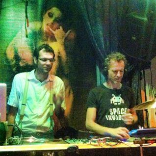 Gunne & Zuckermann live-mix at Salon zur wilden Renate, Berlin, August 2013