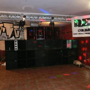 Dj Osh-Kosh & Benigori - Return From The Grave, 4 Deck Mega Mix Part 2 (Free Download)