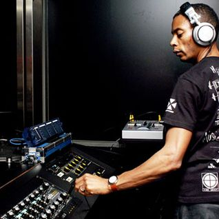 jeff_mills_-_live_at_switch_studio_brussel-dab-22-04-2006
