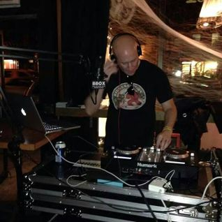 DJ Unexpected's Set at Hauntlantic 2014 Bar and Pub Crawl (10/25/2014) (80s Music)