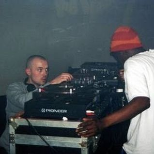 DJ MK -LAST EVER SHOW ON ITCH FM APRIL 2004