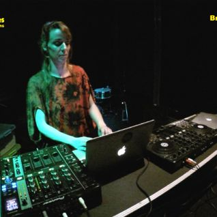 RunAnaRun - Yellow Glasses Electronic Sessions - Breyner Discothéque