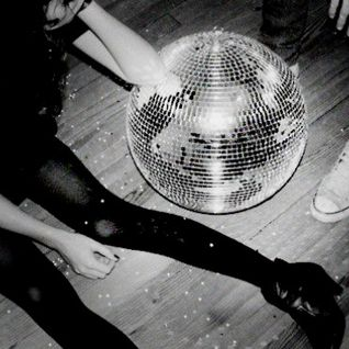 Under the Disco Ball Podcast 008 - Dakini9