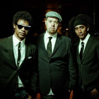 The Ronnie Scott's Radio Show -  feat. Eric Krasno of Soulive (originally aired 3rd November 2012)