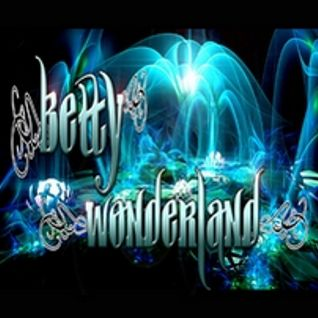 ♫ Betty In Wonderland ♫