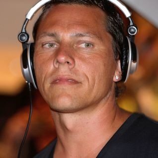 Tiësto (Live from Cream @ Amnesia, Ibiza) Essential Mix 04/08/2005