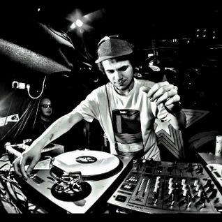 Riffz - Clockwork Heads Special (ragga-jungle mix 2016)