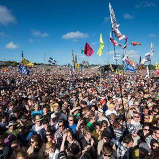 Glastonbury 2016 - 04 - Floating Points -Live- @ Day 2 - Park Stage, Worthy Farm - Pilton (25.06.16)