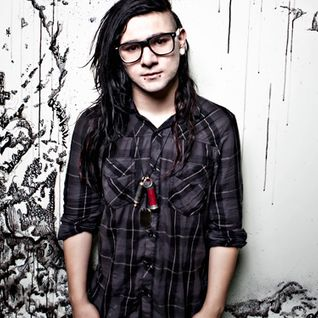 Skrillex - The Mothership 002 (16-12-2011)