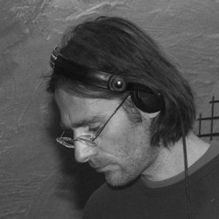Scheibosan dj set at Cult Club 7 Dec 2002 part 2