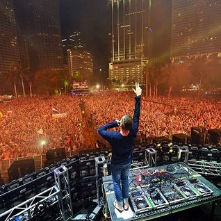 Kaskade LIVE at Ultra Music Festival 3.28.2014