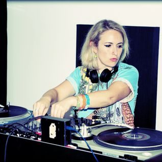 Selector After Dark - Emily Dust