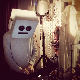 Dave Tempo @ Paper Dress Vintage Nov 2012