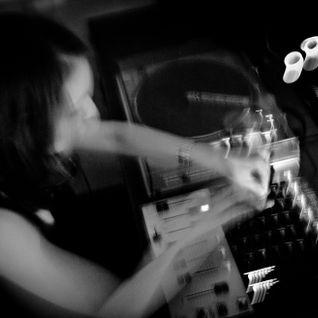 Liz Copper (Teknet # Risk) @ Sometimes - Radio Sensations - 9 novembre 2011
