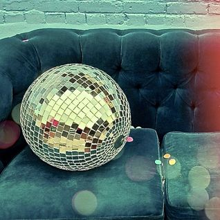"Lupen Aka ""Er Chino""~ Daytime Disco (part 2) recorded @ Olivia Vermuteria"