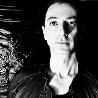 Dubfire - Essential Mix (BBC Radio1) - 26-05-2012