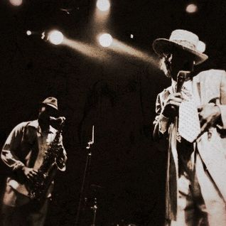 "The Vinyl Frontier | ""On An Easy Groove"" | Eastside FM 89.7"