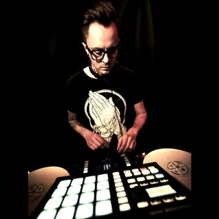Red Bull Thre3style - Latvijas atlase 2015 - DJ Dub:ra