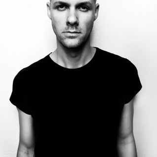 Adam Beyer Essential Mix 10/12/2006