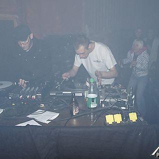 Frontal (Raum 107 & Kompressor) @Hard Fanatics Duisburg, 09.04.11