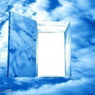 Una puerta abierta en el cielo