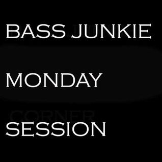 BassJunkie  Monday Session
