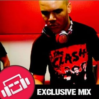 Yves Bash -  Exclusive Mix for Mixjunkies (U.S.) april 2012