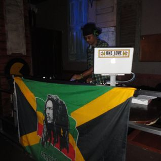 "SELECTA Q45 ""AFRIKAN PARTY JAMZ"" Y.U.P MIXTAPE SERIES 2011"