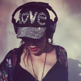 House music all nite long…Pride 2015 mix from Dj Miss Kier