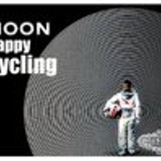 Happy Cycling// Moon