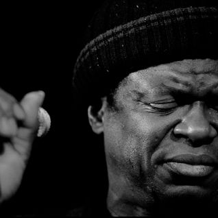 Out of tune season 1 volume 18 - Charles Bradley