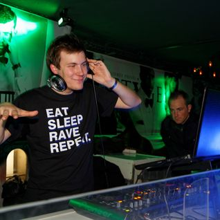 Eat Sleep Rave Repeat Live ( palais campagne 2014)