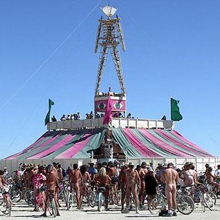 Wolf + Lamb - Live @ Burning Man, Nevada (30-08-2010)
