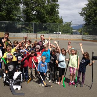 Post Ball Hockey Interviews with Willie Mitchell, Local Kids and Brendan Morrison on Long Beach Radi