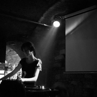 Nika77 dj set/CZ Beat Prague/2006 - pure vinyl techno set