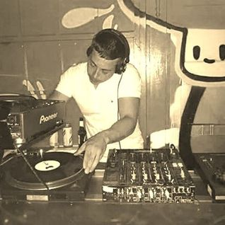 Andy rowley mixcloud for House music 1996