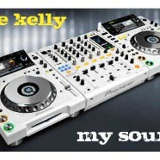 Jhoe Kelly in session