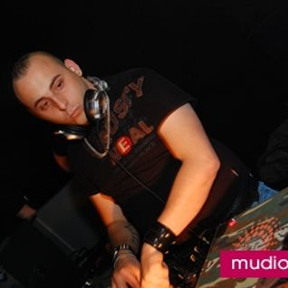 13.10.20010 Rene Petti live in the mix (House)