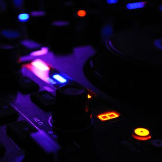 Techno Podcast 001 2014 Mixed by Paul Muse.