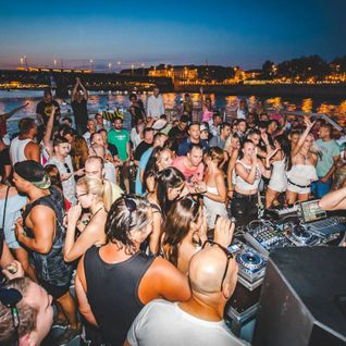DJ Budai Live @ Friendship Boatparty 2016 Live part2.
