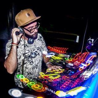KARLOS SENSE - NOISEGARDEN #036 - IBIZA SONICA RADIO