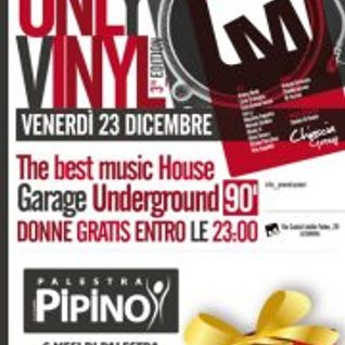 Dj Master V - Live @ Must Caffè - Only Vinyl (23 Dicembre 2011)