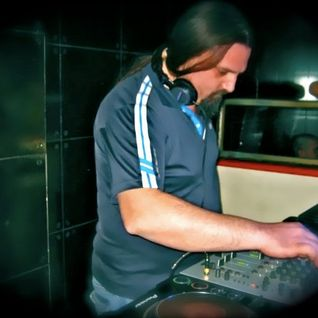 Mick Bootik guestmix to 28Meow's Selection 01.01.2012.
