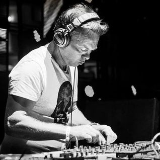 Pete Tong & Marco Carola & Richie Hawtin & Dirty South - The Essential Selection