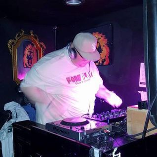 Chuck P Live @ Disco Wednesday's