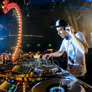Pirate Station Love - 04 - Smooth (Viper Recordings) @ Stadium Live - Moscow (17.10.2015)