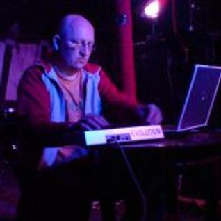 Phantom Circuit #29 (25th Aug. 2009): featuring Clutter live